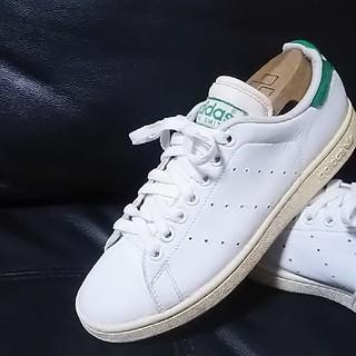 アディダス(adidas)の 王道モデル!アディダススタンスミス高級レザースニーカー人気白緑!   (スニーカー)