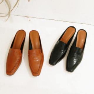 トゥデイフル(TODAYFUL)のスクエアスライドローファー(ローファー/革靴)