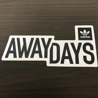 アディダス(adidas)の【縦7.2cm横15.3cm】 adidas skateboard ステッカー(ステッカー)