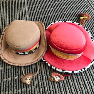 トイストーリー(トイ・ストーリー)のトイストーリー ジェシー ウッディ 帽子 セット(小道具)