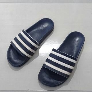 アディダス(adidas)のアディダス  アディレッタ(サンダル)