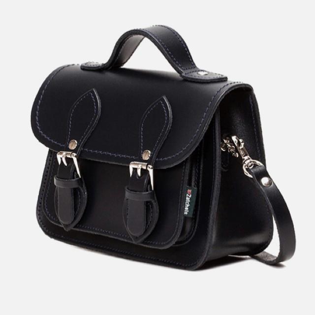 Dr.Martens(ドクターマーチン)の【値下げ♡未使用新品】ザッチェルズ ミニバッグ レディースのバッグ(ショルダーバッグ)の商品写真