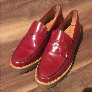 コーチ(COACH)のCOACH コインローファー レデース サイズ7 25cm(ローファー/革靴)