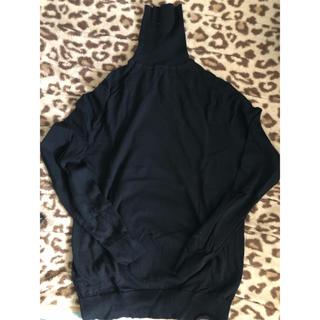 ユニクロ(UNIQLO)のUNIQLO タートルネックセーター(ニット/セーター)