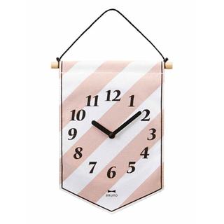 フランフラン(Francfranc)のブルーノ♡タペストリークロック♡時計ピンク ホワイト(掛時計/柱時計)