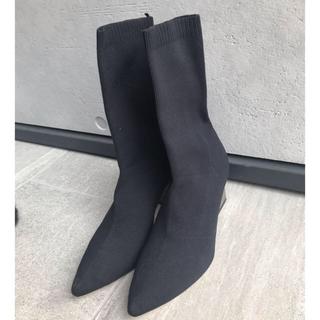 ザラ(ZARA)のメタルヒールソックスブーツ 新品未使用(ブーツ)