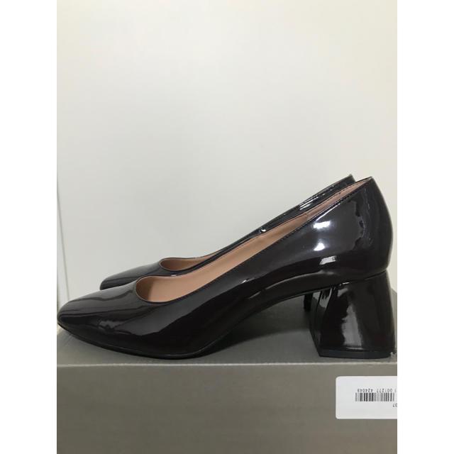 ZARA(ザラ)の最終お値下げ!ZARA  エナメルパンプス レディースの靴/シューズ(ハイヒール/パンプス)の商品写真