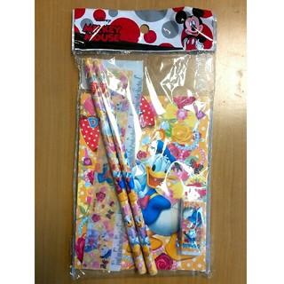 ディズニー(Disney)の【新品未使用】ドナルド えんぴつセット(鉛筆)