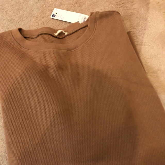 GU(ジーユー)のハニカムロングスリーブT ブラウン 完売色 XLサイズ GU ジーユー レディースのトップス(Tシャツ(長袖/七分))の商品写真