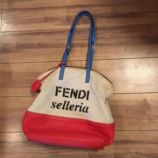 フェンディ(FENDI)のFENDI selleria キャンバストートバッグ(トートバッグ)