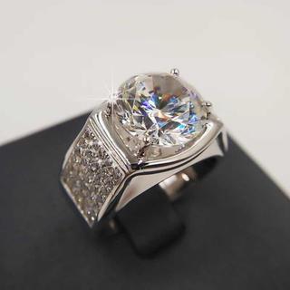 【豪華感満載】輝く5カラット!モアサナイト ダイヤモンド リング(リング(指輪))