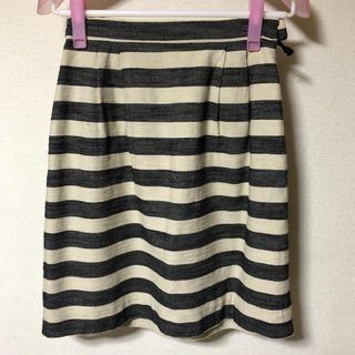 ハニーズ(HONEYS)のGLACIERボーダースカート♡Mサイズ(ひざ丈スカート)