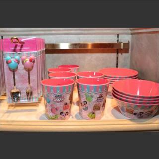 ディズニー(Disney)のディズニーランド プラスチック容器 Minnie's Sweets(容器)