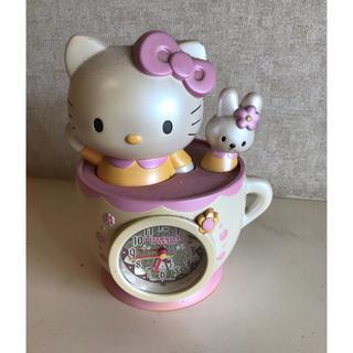 ハローキティ(ハローキティ)のハローキティ30周年・コーヒーカップ時計!(置時計)