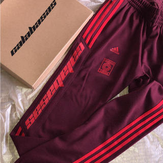 アディダス(adidas)の求 yeezy トラックパンツ マルーンL ~XL(スラックス)