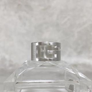 グッチ(Gucci)の正規品 グッチ 指輪 シルバー SV925 くりぬき GG 銀 ロゴ リング 2(リング(指輪))