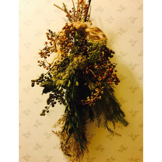 花材増量、森のスワッグ(ドライフラワー)