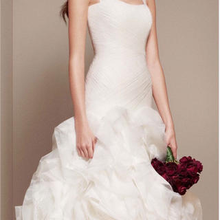 c9a83adc96de5 ヴェラウォン(Vera Wang)のホワイトバイヴェラウォン ウエディングドレス(ウェディングドレス