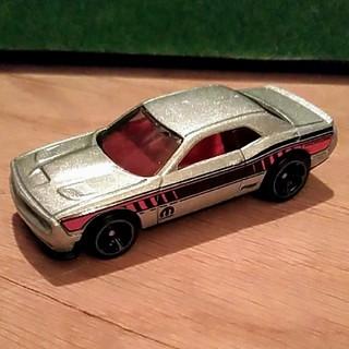 クライスラー(Chrysler)のホットウィール '15 ダッジ チャレンジャー SRT(ミニカー)