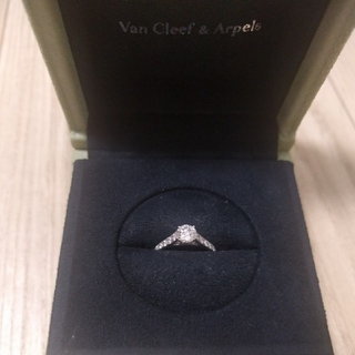 ヴァンクリーフアンドアーペル(Van Cleef & Arpels)のヴァンクリーフ&アーペル ロマンス ダイヤリング(リング(指輪))