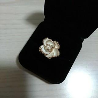 ⭐新品⭐バラ 薔薇 ローズ リング 指輪 おしゃれ ゴールド ラインストーン(リング(指輪))