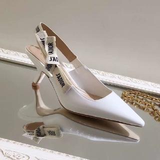 ディオール(Dior)の大人気!ディオールのパンプス(ハイヒール/パンプス)