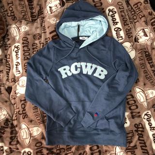 ロデオクラウンズワイドボウル(RODEO CROWNS WIDE BOWL)のRCWB 春パーカー 新品同様&ワンピース(パーカー)