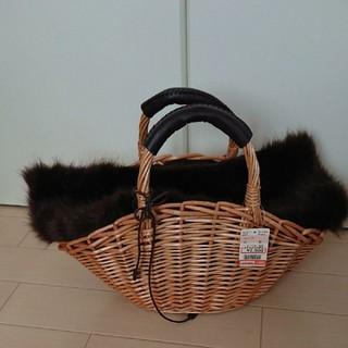 シマムラ(しまむら)の新品タグ付 しまむら かごバッグ ブラウンファー(かごバッグ/ストローバッグ)