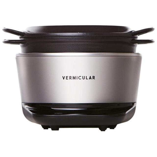 Vermicular(バーミキュラ)のバーミキュラ ライスポット 5合炊き ソリッドシルバー 専用レシピブック付 スマホ/家電/カメラの調理家電(炊飯器)の商品写真