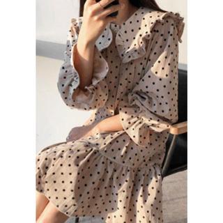 エンビールック(ENVYLOOK)の新品未使用ドットフリルワンピース☆韓国ファッション(ひざ丈ワンピース)