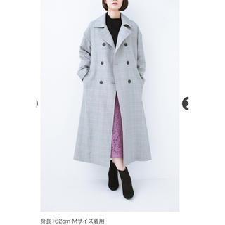ハコ(haco!)の普段着の上にパッと羽織るだけでかっこよくなれる グレンチェックのトレンチコート(トレンチコート)