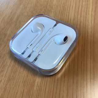 アップル(Apple)のApple純正品イヤホン/ 未開封(ヘッドフォン/イヤフォン)