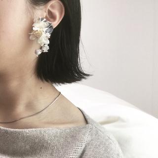 フラワー(flower)のhandmade flower earring(イヤリング)