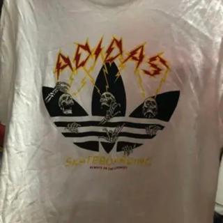 アディダス(adidas)の値下げ!新品未使用 adidas 半袖Tシャツ(Tシャツ/カットソー(半袖/袖なし))