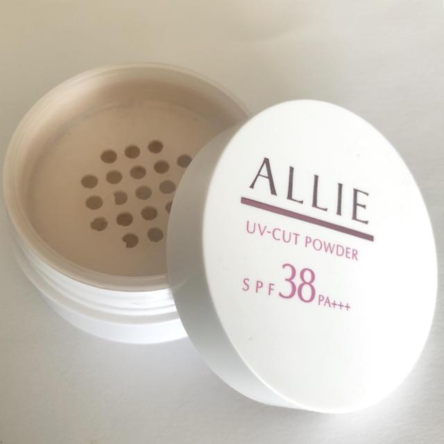 ALLIE(アリィー)のKaneboカネボウ    ALLIE アリィー  UV-CUTフェイスパウダー コスメ/美容のベースメイク/化粧品(フェイスパウダー)の商品写真