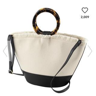 ジーユー(GU)のGU デザインハンドルキャンバスバッグ(ハンドバッグ)