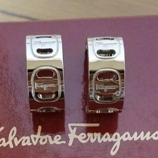 フェラガモ(Ferragamo)のフェラガモイヤリング新品(イヤリング)