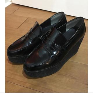 ミラオーウェン(Mila Owen)のミラオーウェン厚底靴(ローファー/革靴)