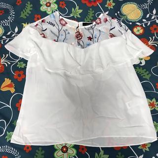 アトモスフィア(ATMOSPHERE)の花刺繍シースルートップス(シャツ/ブラウス(半袖/袖なし))
