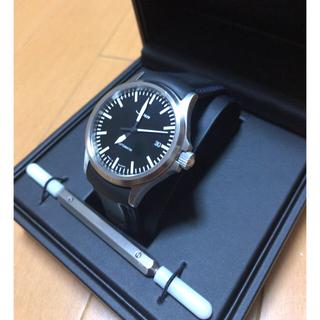シン(SINN)のSINN556M 中古美品 バンド交換済み 2018.3.26購入(腕時計(アナログ))