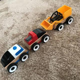 イケア(IKEA)のIKEA LILLABO 木製乗り物 3種類セット(電車のおもちゃ/車)