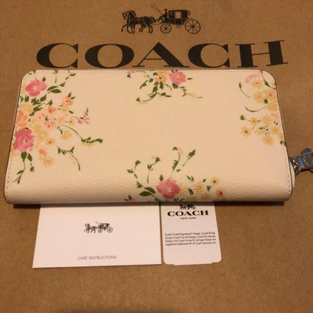 123499c10bfc COACH - 1点限り☆【正規品】コーチ 花柄 ホワイト 長財布の通販 by ...