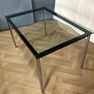 カッシーナ(Cassina)の美品 約43万相当 カッシーナ lc-10 ダイニングテーブル 送料込み(ダイニングテーブル)