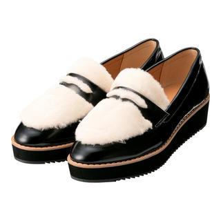ジーユー(GU)のジーユー Sサイズ フェイクファープラットフォームローファー (ローファー/革靴)