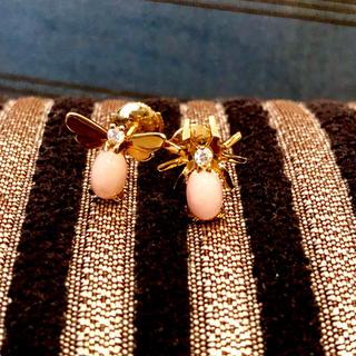 ショーメ(CHAUMET)のCHAUMET ショーメ アトラップモワ コレクション ピアス 蜘蛛とハチ(ピアス)