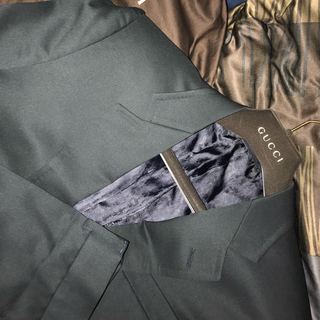 グッチ(Gucci)の【超レア】GUCCI 17aw モスグリーン セットアップ スーツ(セットアップ)