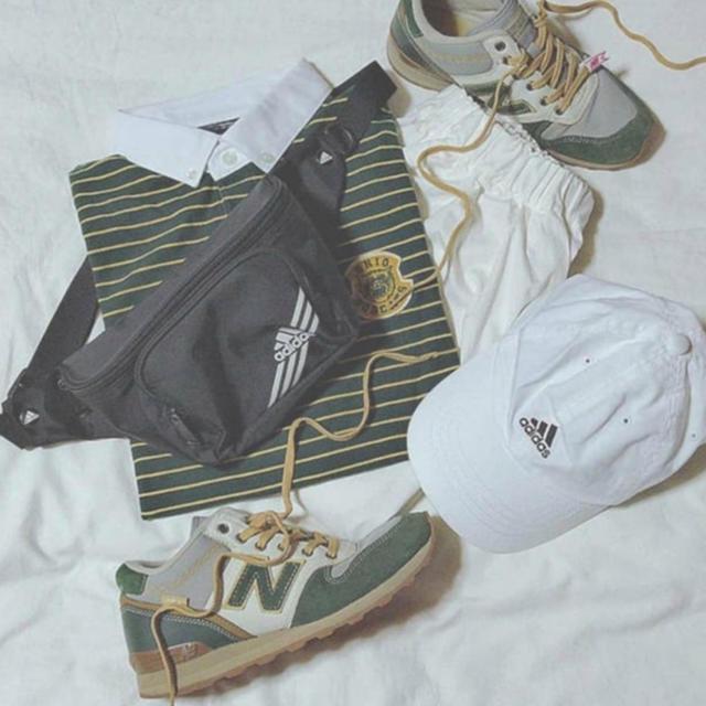 adidas(アディダス)のadidas アディダス ウエストポーチ メンズのバッグ(ウエストポーチ)の商品写真
