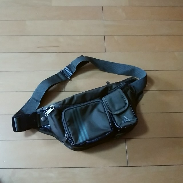 adidas(アディダス)のウエストポーチ アディダス メンズのバッグ(ウエストポーチ)の商品写真