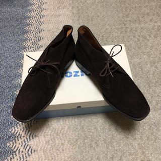 ヤンコ(YANKO)の未使用 ヤンコ  スェードチャッカーブーツ  25.5(ブーツ)
