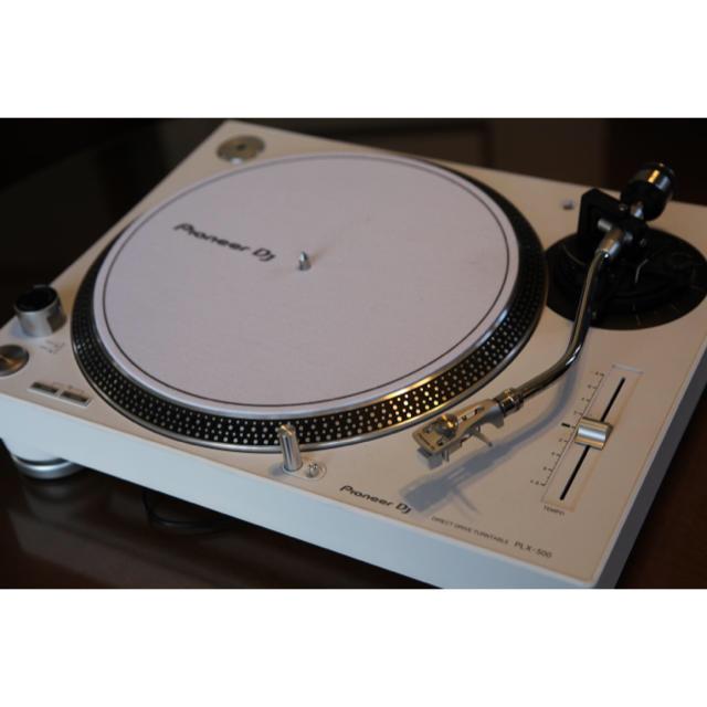 Pioneer(パイオニア)の美品 人気のホワイト ターンテーブル Pioneer PLX-500-W 楽器のDJ機器(ターンテーブル)の商品写真